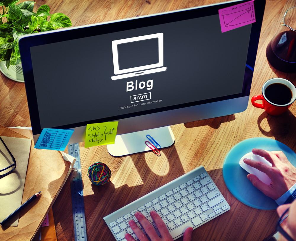 ब्लॉगिंग में बड़ा नाम