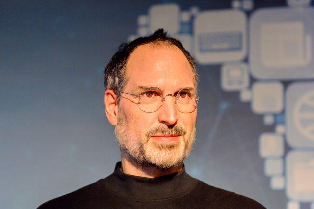 सफल बिजनेसमेन की सलाह - Steve Jobs